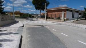 Arranjament carrers entrada poliesportiu Riba-roja juliol 2014