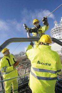 IMATGE ADIF - exemple de treballs a la catenaria