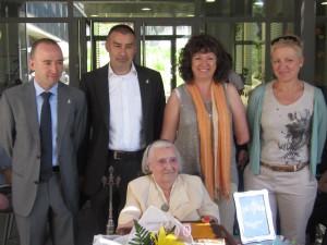 àvia centenaria de Flix medalla 26-6-2013