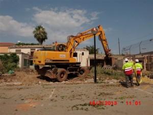 inici obres pistes pàdel Móra d'Ebre 16-7-2013