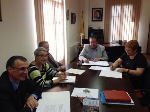 Signatura conveni Gent 3·0 Móra d'Ebre 18-3-14